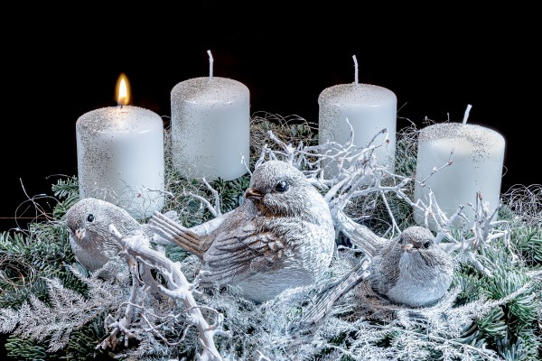 first-advent-4653170_1920
